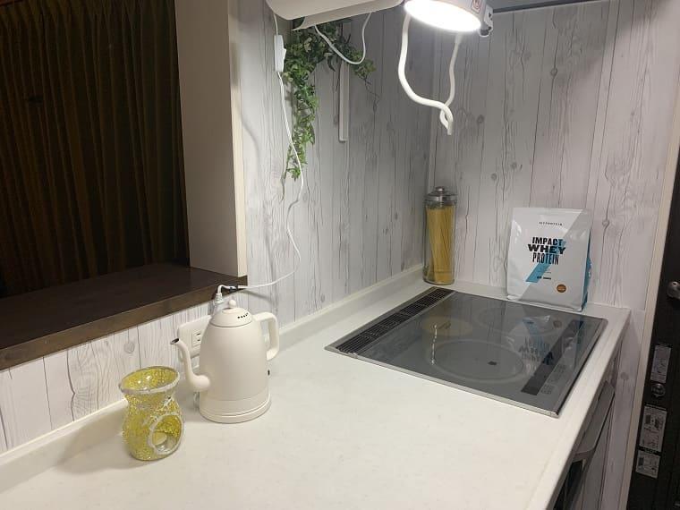 キッチンの作業台とIH