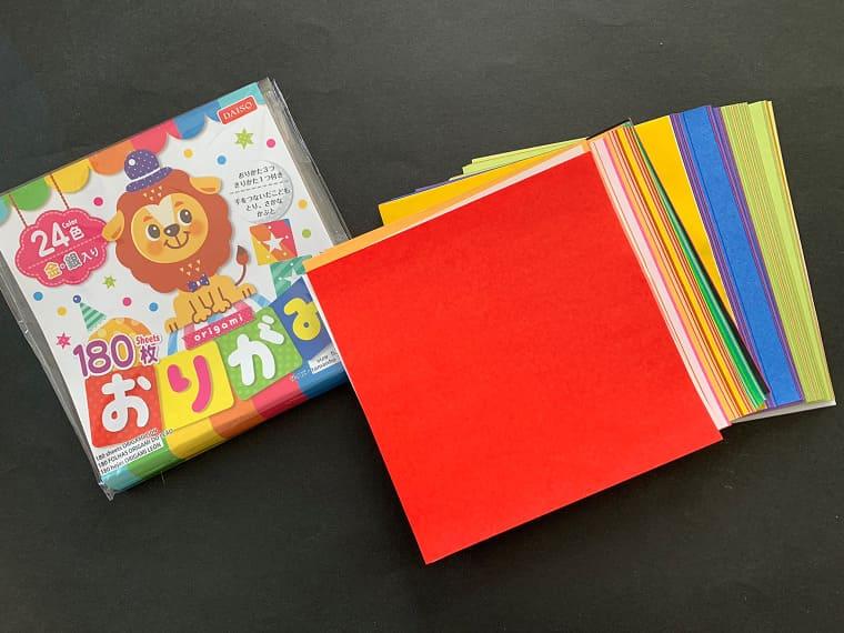 ダイソーで販売されている折り紙